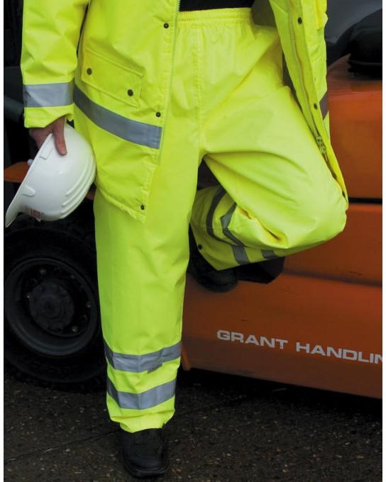 Spodnie przeciwdeszczowe High Profile, Result